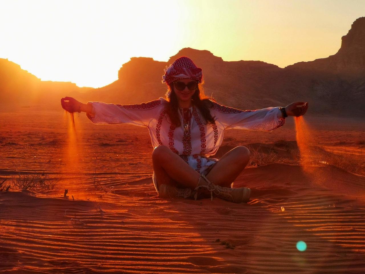 Apus in desert Wadi Rum nisip