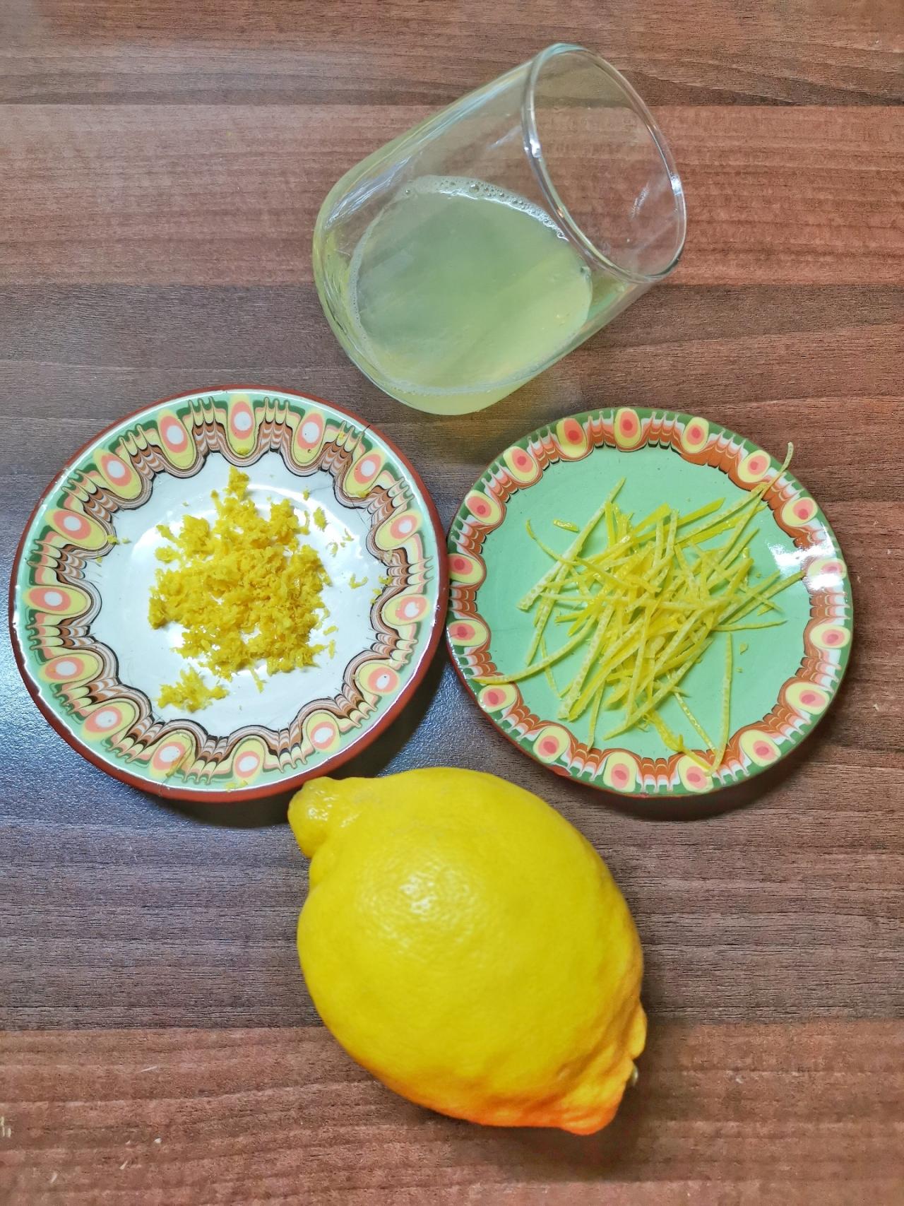 suc de lămâie pentru tagliatelle al limone