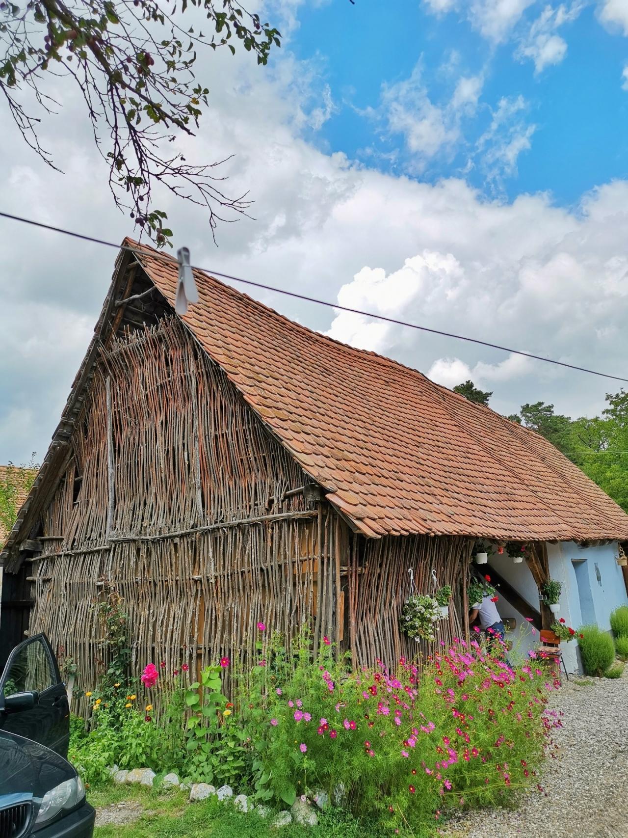 Coliba Viscri Romania